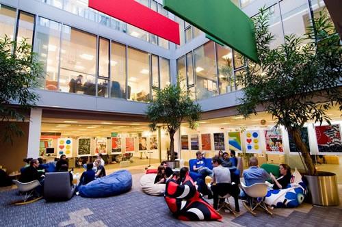 Googleplex: ouverture et interactions